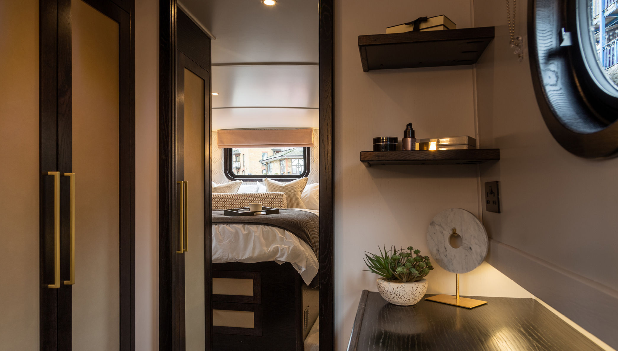 Bedroom on a houseboat